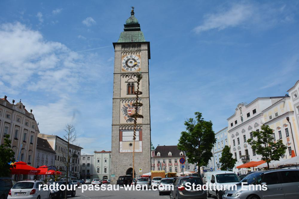 Cycling Passau-Vienna - Enns town tower